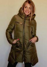 ea61c79b3ff Разнообразие женских курток напрямую зависит от модных тенденций. Именно в  женских моделях проще воплотить идеи оригинального кроя