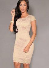 48020998728d5 Бежевое платье (171 фото): в пол, с кружевом, с чем носить, макияж ...