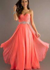 6a8ed91bdd46fe4 Всегда оставаясь ярким, коралловый цвет многих представительниц прекрасного  пола все-таки отпугивает. Однако, не нужно забывать, что одежда этого цвета  ...
