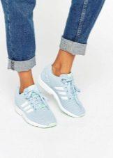 Кроссовки – любимая обувь тех, кто ведет активный образ жизни. Стильные  модели позволяют не только ногам чувствовать уют и непринужденность, ... 50dad97849a