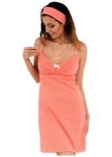 Платья для кормящих мам должны соответствовать определенным критериям   помимо того, что женщина должна иметь быстрый доступ к груди, платье должно  скрывать ... c7d6701213a
