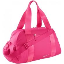 31eb0df0c5c7 Наибольшей популярностью пользуются классические сумки прямоугольной  формой. Они выглядят стильно, но при этом, отличаются большой  вместительностью, ...