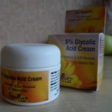 Крем с кислотами: средства для лица с гликолевой и азелаиновой, альфа-липоевой и фруктовыми кислотами