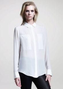 e83b0a0a2b6 ... вариантов - это прозрачная белая блузка. При использовании такой модели  в своем образе важно грамотно подобрать бюстгальтер или топ под эту блузку.
