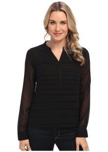 0c3c694b339 Торжественный и презентабельный облик подарит шифоновая блузка со складками  вместе с юбкой-карандашом