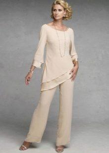 Ассиметричная блуза из трикотажа 87