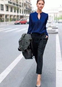 Юбка с блузкой из шелка