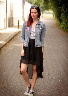 Фото девушек в юбки и кедах