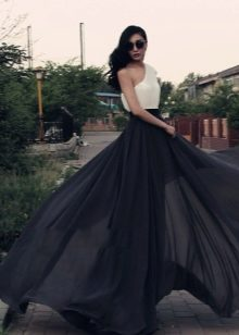 Чёрная шифоновая юбка фото