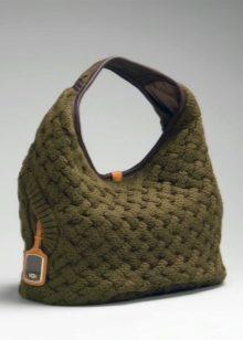 f8db005c61d6 Вязаные сумки (74 фото): из атласных лент, дизайнерские, детские для ...