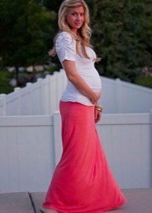 Как носить юбки беременным