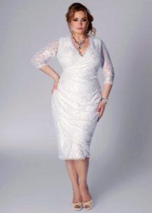 23d25c70bb98949 Нужно всего лишь правильно подобрать фасон и цвет наряда. При выборе гипюрового  платья необходимо следовать нескольким простым правилам: