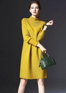 3517587a3c4 Лучше выберите для платья трикотаж на основе овечьей шерсти