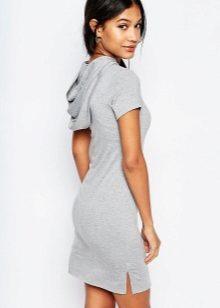 Платье из футболки поло