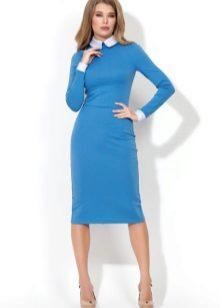 Платье с большим отложным воротником