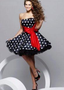 141e097190e Быть в таком платье на новый год — это настоящее сказочное приключение. Каждая  молодая девушка мечтает о таком платье