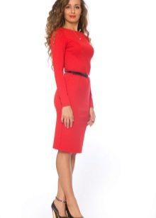 Красное платье-футляр (68 фото)  с чем носить c98451359619a