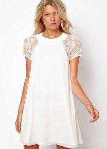 Платье белое из шифона