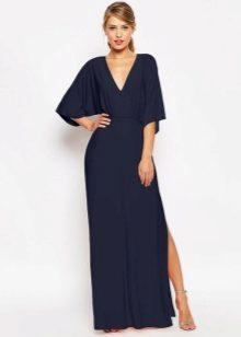 Длинный рукав очень гармонично смотрится на узких платьях до пят. Сделать  образ более смелым помогут разрезы на юбке, открытая спина и ажурные  вставки. 048e0912e4e