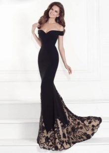 dafe75dadaf Тогда лучше всего подойдут пышные платья со шлейфом. В них чаще всего  вставляются корсеты. Если вы решили выбрать именно такое платье