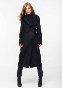 c97804b627a4 Занятно, что считать пальто теплой и элегантной вещью женщины стали  сравнительно недавно, и эта мысль трансформировалась в умах людей вместе с  течением ...