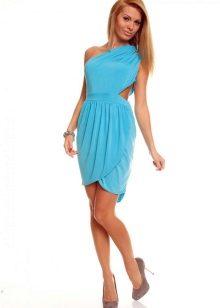 276d653de0f6af2 Из тканей голубого цвета романтичными и нарядными выглядят нежные  коктейльные и вечерние платья. Праздники снежной поры, особенно Новый Год,  ...