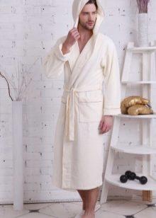 06e927a86ba17 Кроме того, Турция — это традиционный любитель халатов, поэтому исторически  сложилось так, что даже появился так называемый «турецкий халат», ...