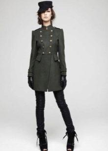 Женские пальто в стиле милитари (63 фото)  с чем носить a7dd4b055b48f