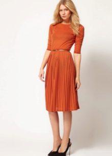 Платья - очень удобная вещь на каждый день, иногда, образ составленный из  них куда проще и удобнее, чем футболка и джинсы. К тому же, это очень  позволит вам ... bc897bbe669