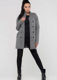882adb09e4e Он образуется от смешения черного и белого цветов. Оттенков серого цвета не  счесть. Поэтому каждая девушка может подобрать себе «свое» серое пальто.