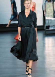 Платье из мокрого шелка фото