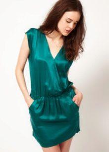 037620296b3e752 Такое платье подчеркнёт мягкость и женственность силуэта. Если же талия не  выражена, то ткань должна держать форму. Талию в этом случае обязательно ...