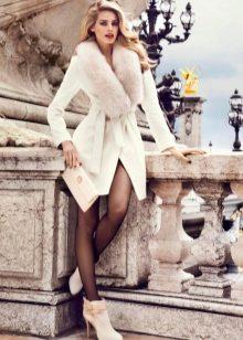 40f9f34f7e7 Женские пальто с мехом 2019 (257 фото)  из плащевки