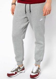 Манжеты и резинки внизу спортивных штанов предназначены для вашего удобства  и комфорта. Манжета или резинка плотно обхватывает ногу и защищает ее. 6e465b58ff478