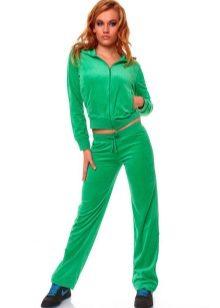 aa6f947a Главной компанией по производству женских спортивных костюмов в Турции  является Billcee. Данная компания поставляет одежду во многие российские  города.