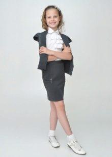 Пиджак с юбкой для подростков
