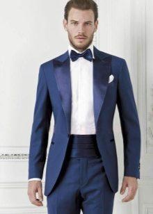 Мужской костюм на свадьбу темно синий
