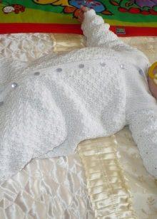 вязаные костюмы для новорожденных 48 фото для девочек и мальчиков