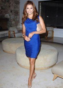 Под синее платье какого цвета колготки