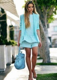 Синий цвет в одежде для зеленоглазых