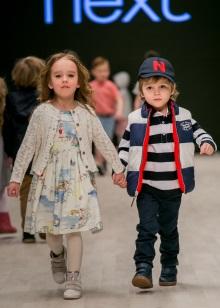 ea2f420aa83c2 Вот и приходится родителям выискивать способы, чтобы одеть ребенка в  качественные, красивые и недорогие вещи. Хороший вариант – приобретение детской  одежды ...