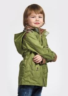 Некоторые производители указывают на изделиях не размер, а для какого  возраста подойдет данная верхняя одежда. Выбирать по такому критерию –  плохая идея, ... 12cc17242a4