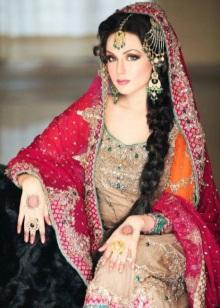 68655c35db5 Индийская одежда для женщин (50 фото)  традиционная древняя одежда и ...