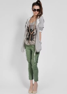 77a5658752fb Молодежная одежда (103 фото): женская мода 2019, стильные фирмы и ...