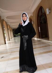 b1b369b10a3d ... длинные наряды мусульманских женщин. Многим они кажутся загадочными и  непонятными, но это не делает моду восточных женщин неуместной в современном  мире.