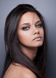 Макияж для темных волос и зеленых глаз (22 фото): make-up для брюнеток
