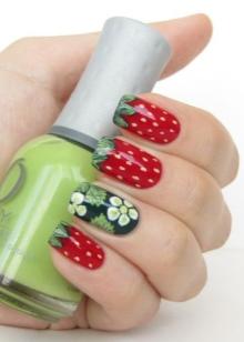 Маникюр с фруктами (39 фото): киви и клубника, вишня с другими ягодами на ногтях, идеи дизайна 2022, сочный ягодный маникюр