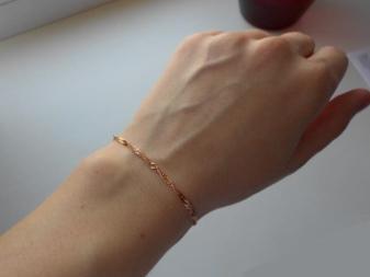 Женская золотая цепочка на руку (41 фото): на какой руке носят цепь из золота 585 пробы