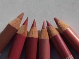 Карандаш для губ Vivienne Sabo: палитра оттенков серии; Jolies Levres, отзывы