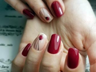Маникюр фото с другим цветом на безымянном пальце
